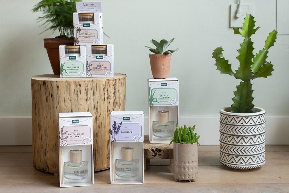 assortiment kneipp home fragrances geurkaarsen en geurstokjes
