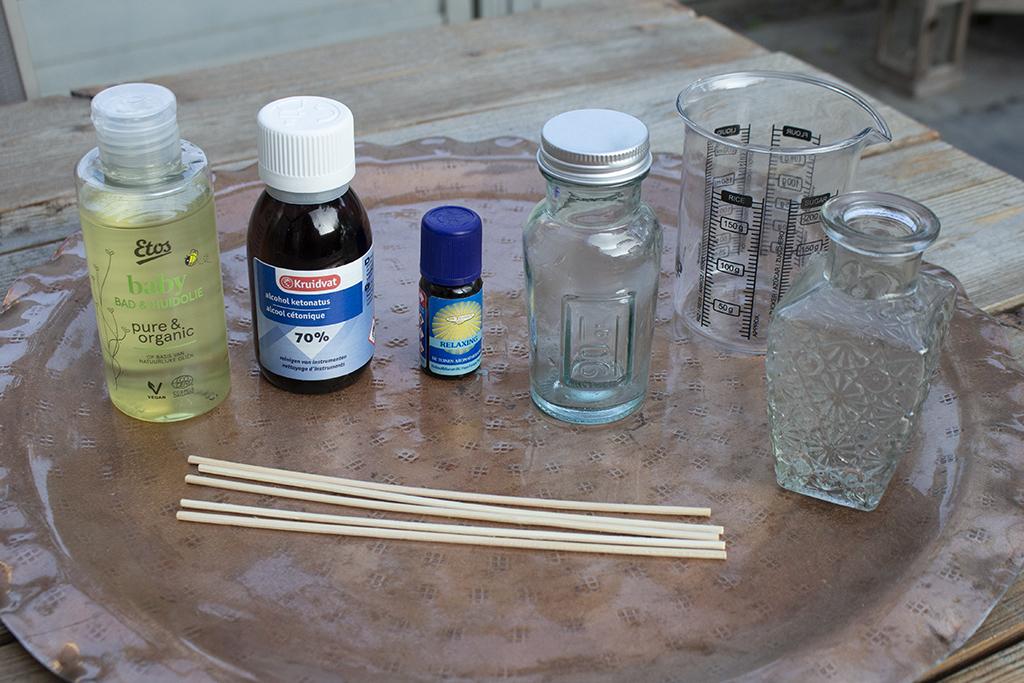 huisparfum maken geurstokjes
