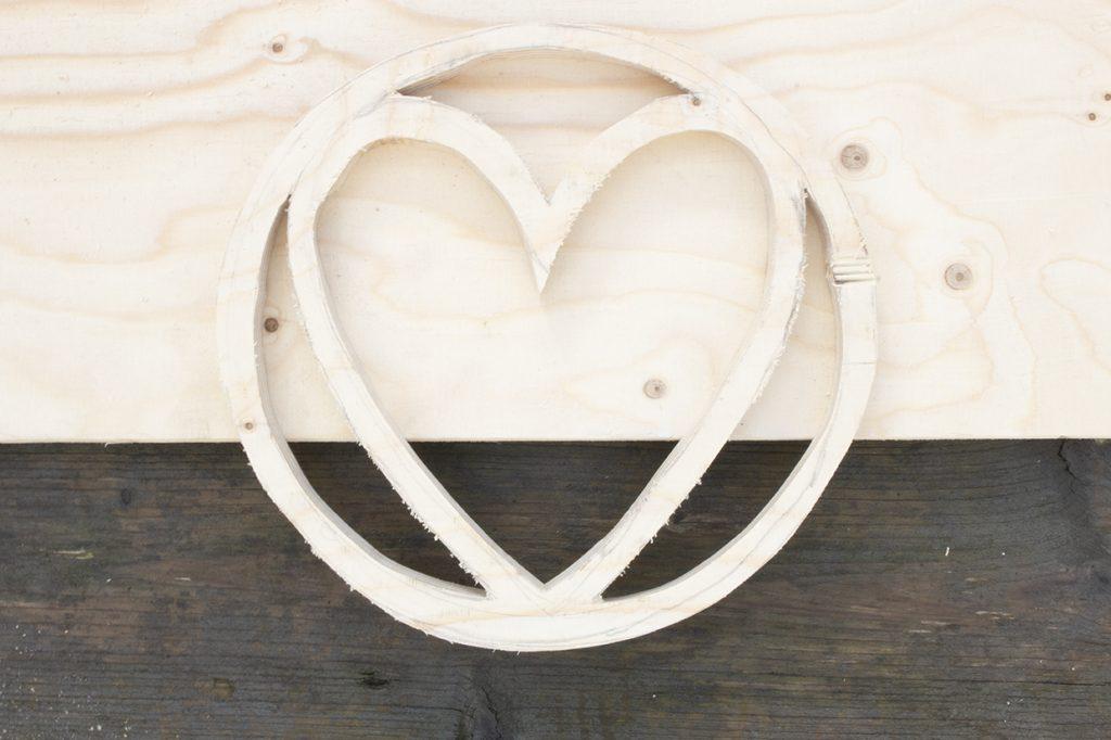 houten hart uitgezaagd